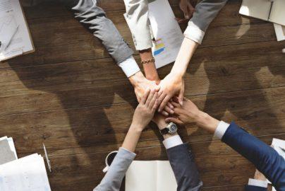 なぜ成長企業は株主とのリレーションに注力するのか エー・ディー・ワークスの試みのサムネイル画像