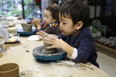 子供にさせたい「職業体験」が人気 時計職人、陶芸家、天体観測……のサムネイル画像