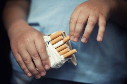 中国の青少年喫煙者4000万人超、中学生の20%が喫煙経験アリ? 喫煙率は毎年上昇のサムネイル画像