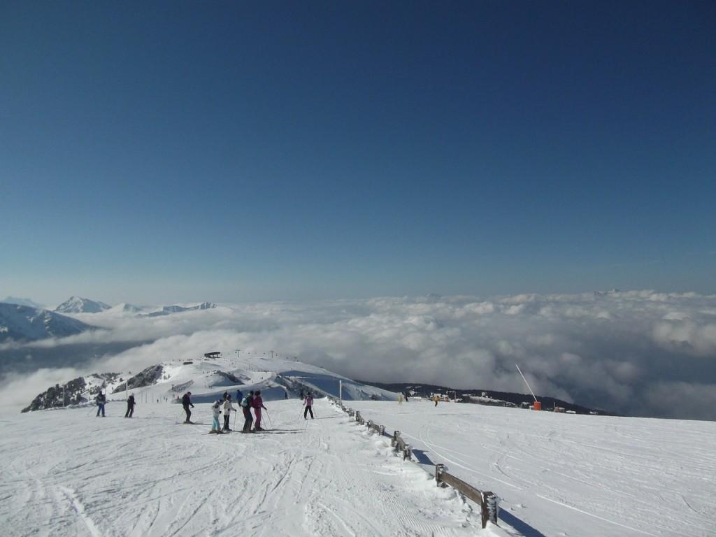ski-run-237600_1280