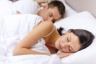 ダイエットの定説「よく寝る人はやせやすい」は本当なのか?のサムネイル画像