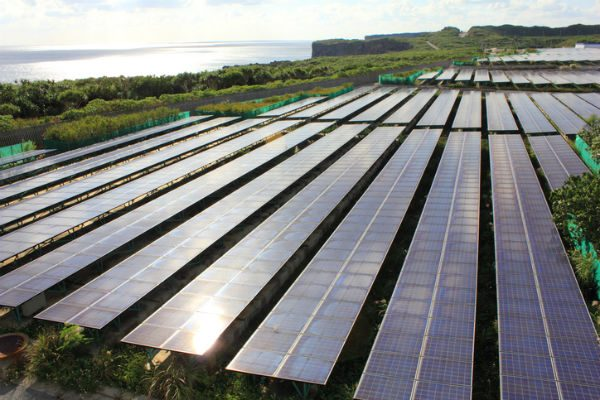 太陽光投資 関連銘柄 太陽電池、パネルメーカー、販売……