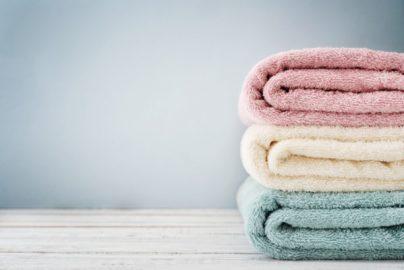 10分横になるだけ! 自宅のタオルでできる「寝るだけ整体」って?のサムネイル画像